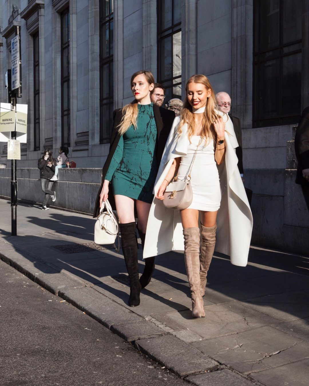 How to Get Invited To London Fashion Week (or Any Other Fashion Week) as a Blogger