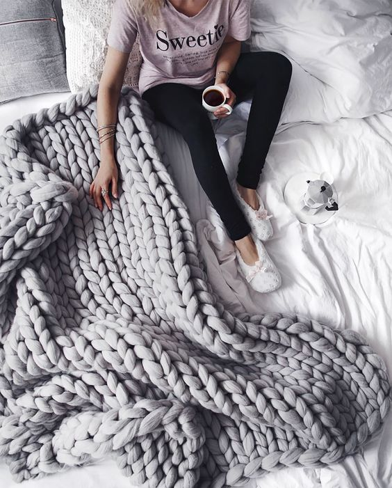 The best chunky knit blanket - grey chunky knit throw