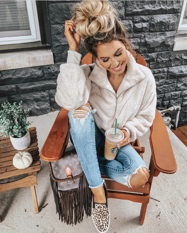 Cute and cozy teddy coat outfits - fall outfits