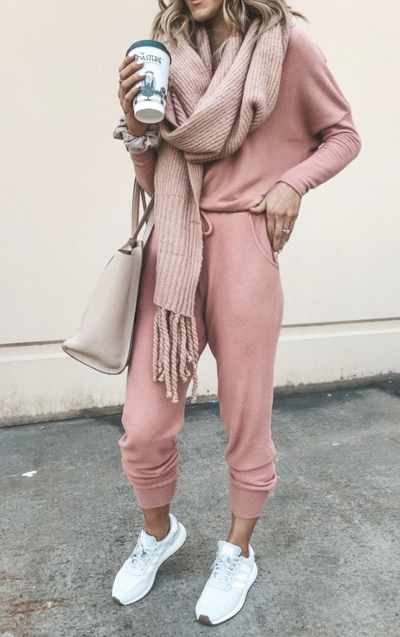 Cute sporty outfits - casual outfits and everyday outfits