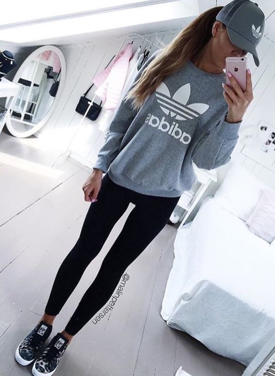 Cute Adidas outfits for women - sporty outfits with leggings