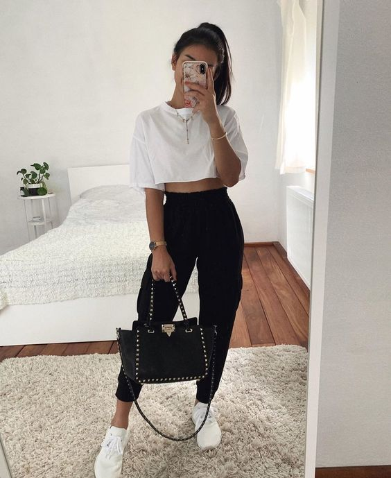 Cute sporty outfits - casual everyday outfits