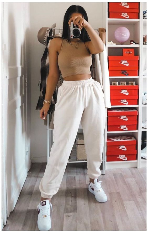 Cute sporty outfits with joggers