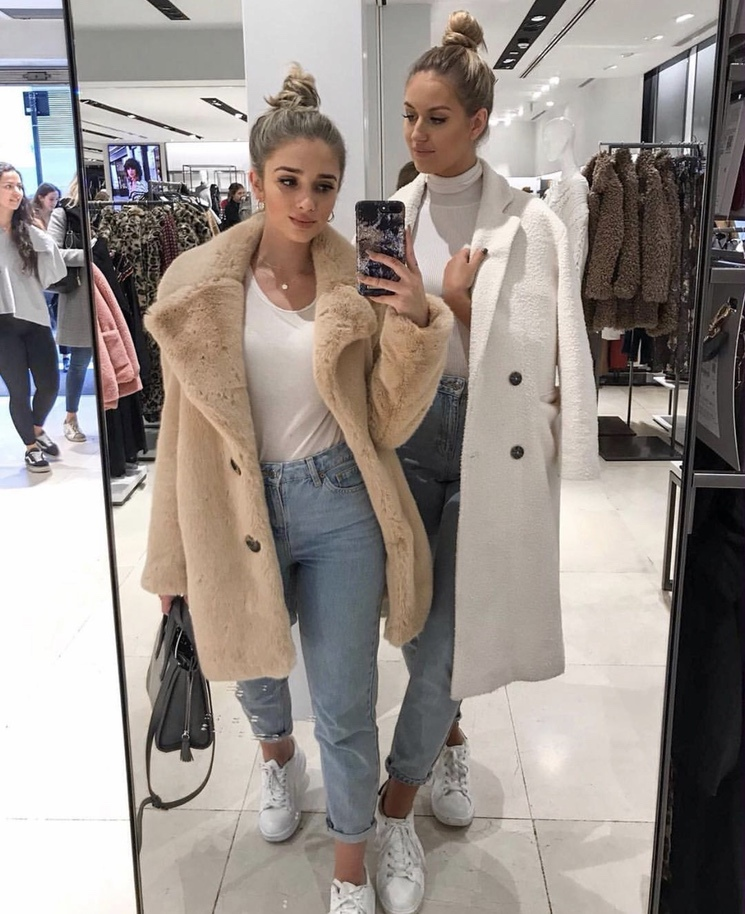 Chic teddy jacket looks for women to wear in the fall and winter