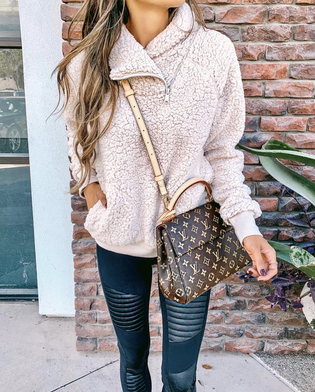 21+ Winter Outfits To Copy ASAP: Shearling Pullover. These casual winter outfits will keep you warm when other cold weather outfits may fail you. Check out these over the knee boot outfit looks, sweater outfits and other winter fashion outfits from the biggest fashion bloggers to get inspired now! Image ©InteriorDesignerella #winterfashion #winteroutfits #casualwinteroutfits #shearling