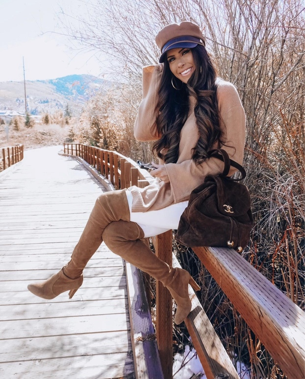 21+ Winter Outfits To Copy ASAP: Baker Boy Hat Outfit. These casual winter outfits will keep you warm when other cold weather outfits may fail you. Check out these over the knee boot outfit looks, sweater outfits and other winter fashion outfits from the biggest fashion bloggers to get inspired now! Image ©EmilyAnnGemma #winterfashion #winteroutfits #sweaters #overthekneeboots