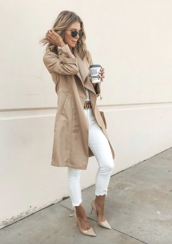 Chic casual outfits with white jeans and camel trench coat for everyday wear