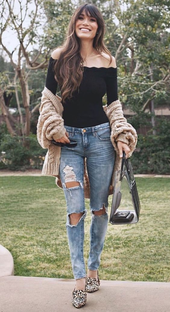 Chic casual outfits with jeans and cardigan