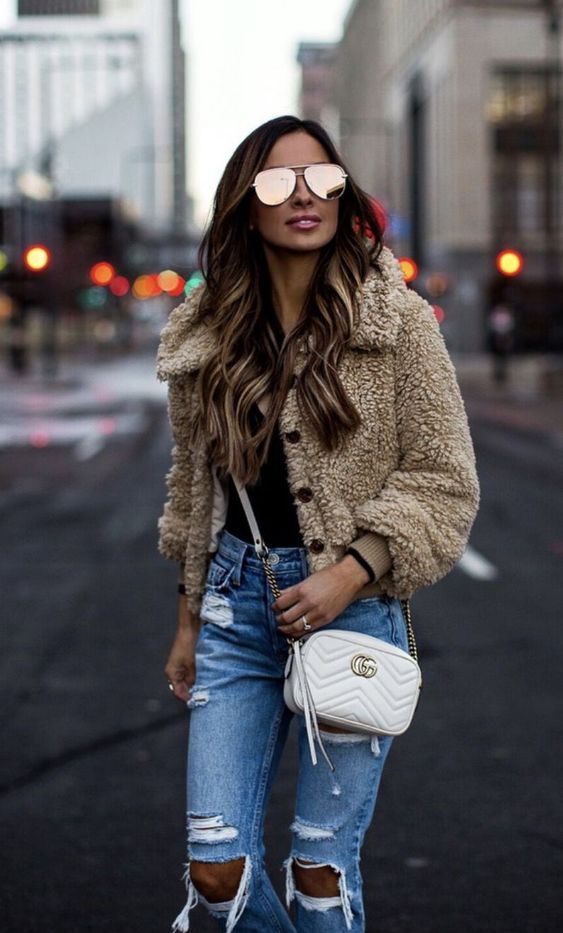 Chic casual outfits with teddy coat and jeans