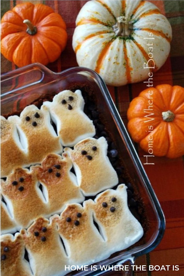 Fun Halloween Party Food Ideas: Ghostly S'Mores