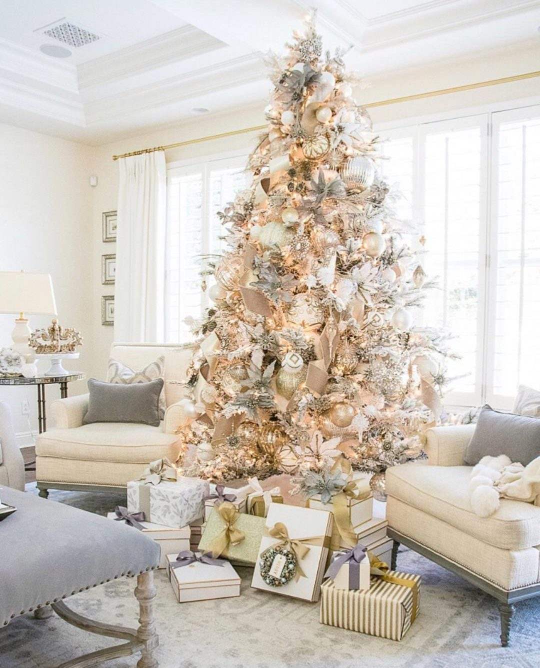Gold and white Christmas tree ideas