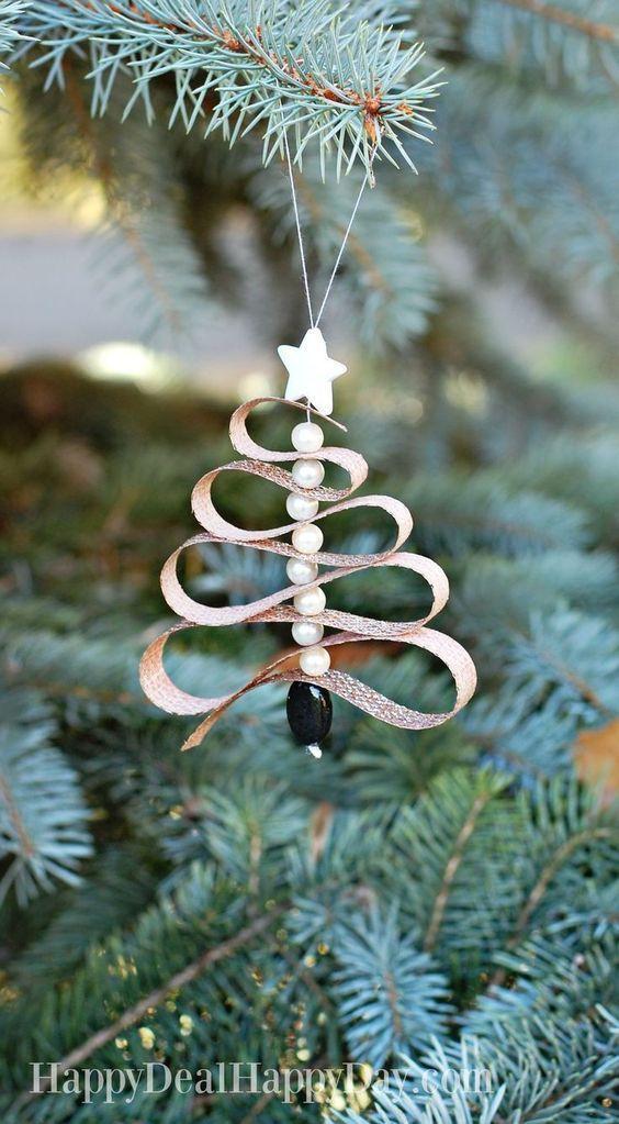 DIY Essential Oil Diffuser Christmas Tree Ornament