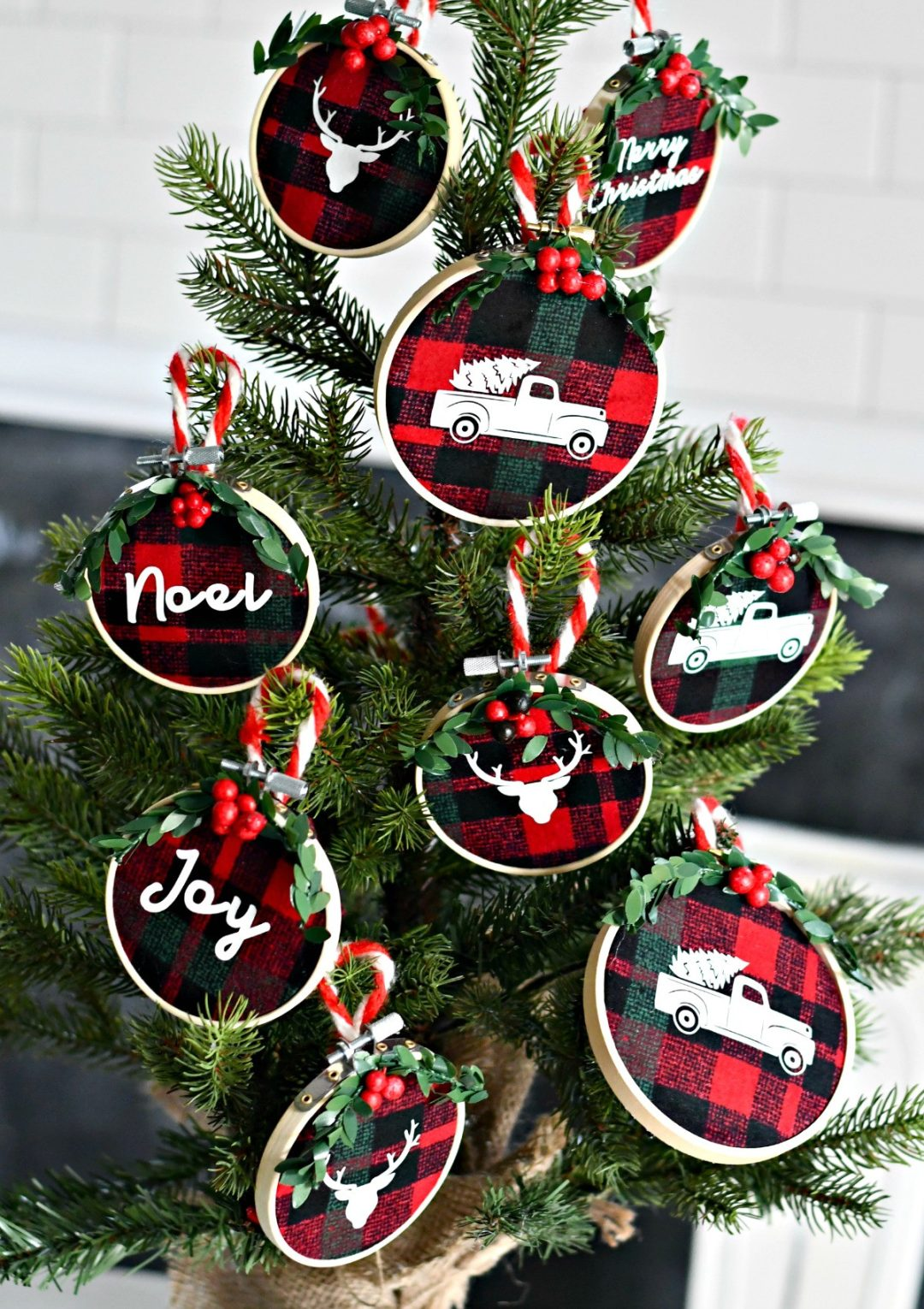 Embroidered Hoop Christmas Ornaments