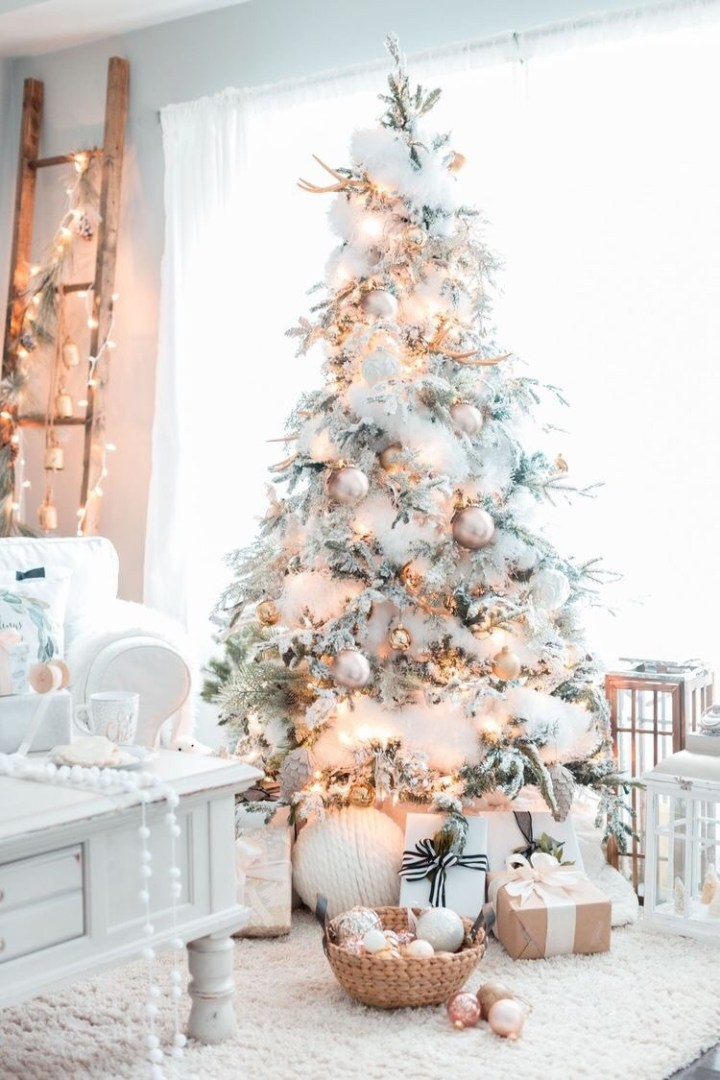 White and rose gold Christmas tree ideas