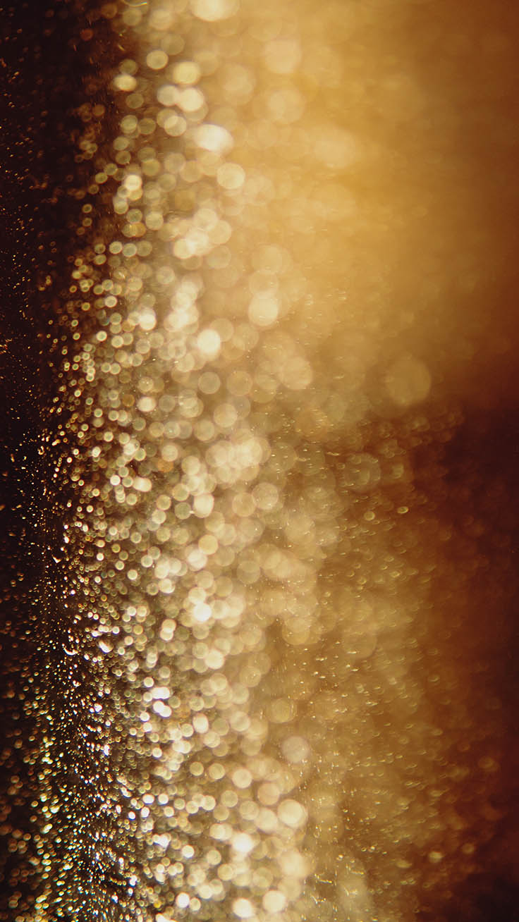 Gold wallpaper with glitter