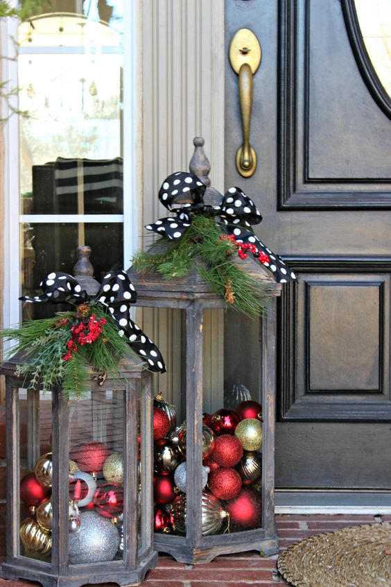 DIY Christmas Lanterns For Outdoors And The Porch With Ornaments