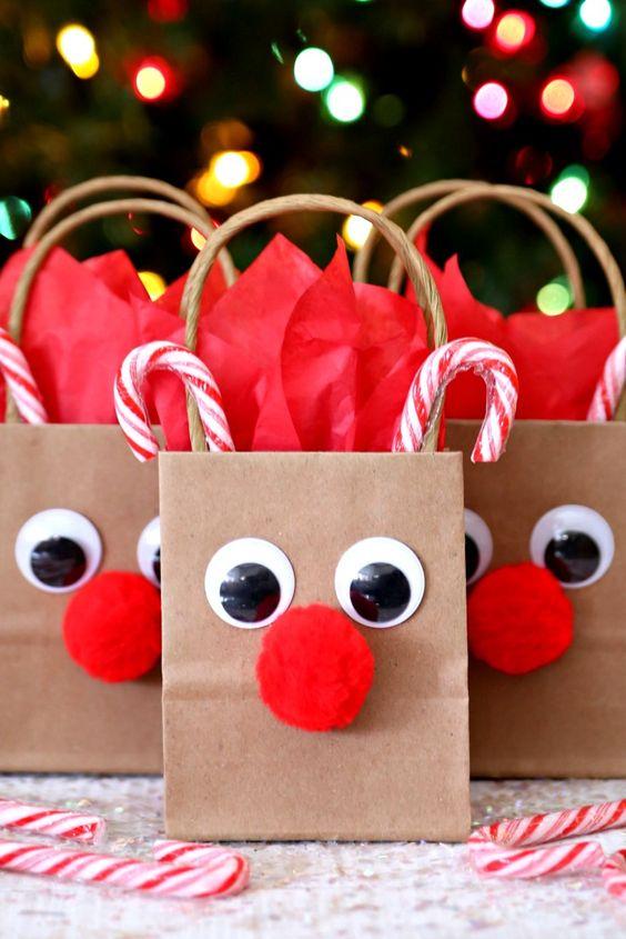 DIY Rudolph The Reindeer Gift Bags