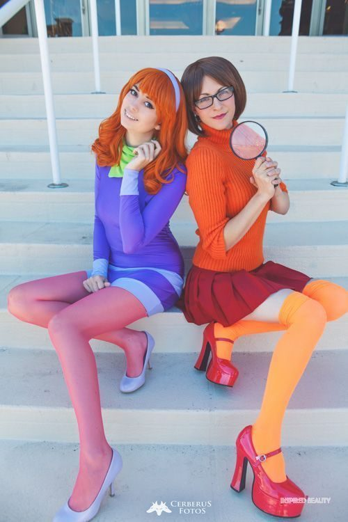 Duo Daphne and Velma Halloween costumes for women and best friend