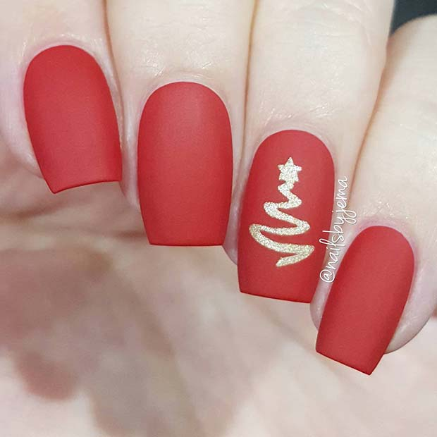Cute red Christmas nails