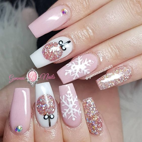 Cute pink Christmas nails with glitter