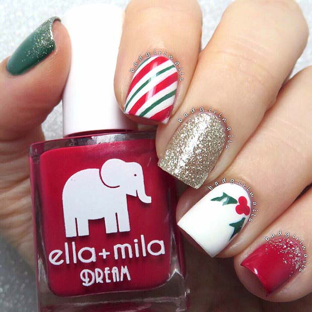 Cute mistletoe nails with white, red and green