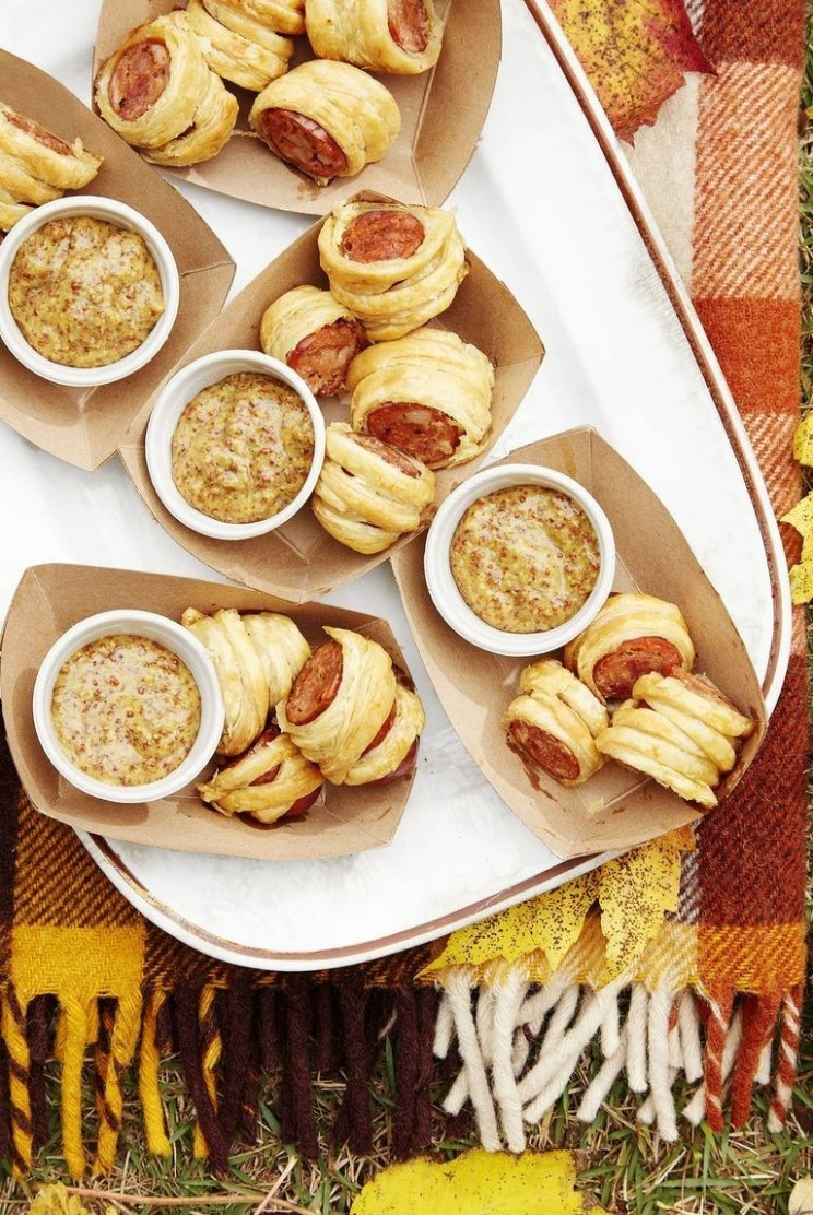 Easy New Year's Eve Party Appetizers For A Crowd: Cajun Sausage Puffs With Bourbon Mustard