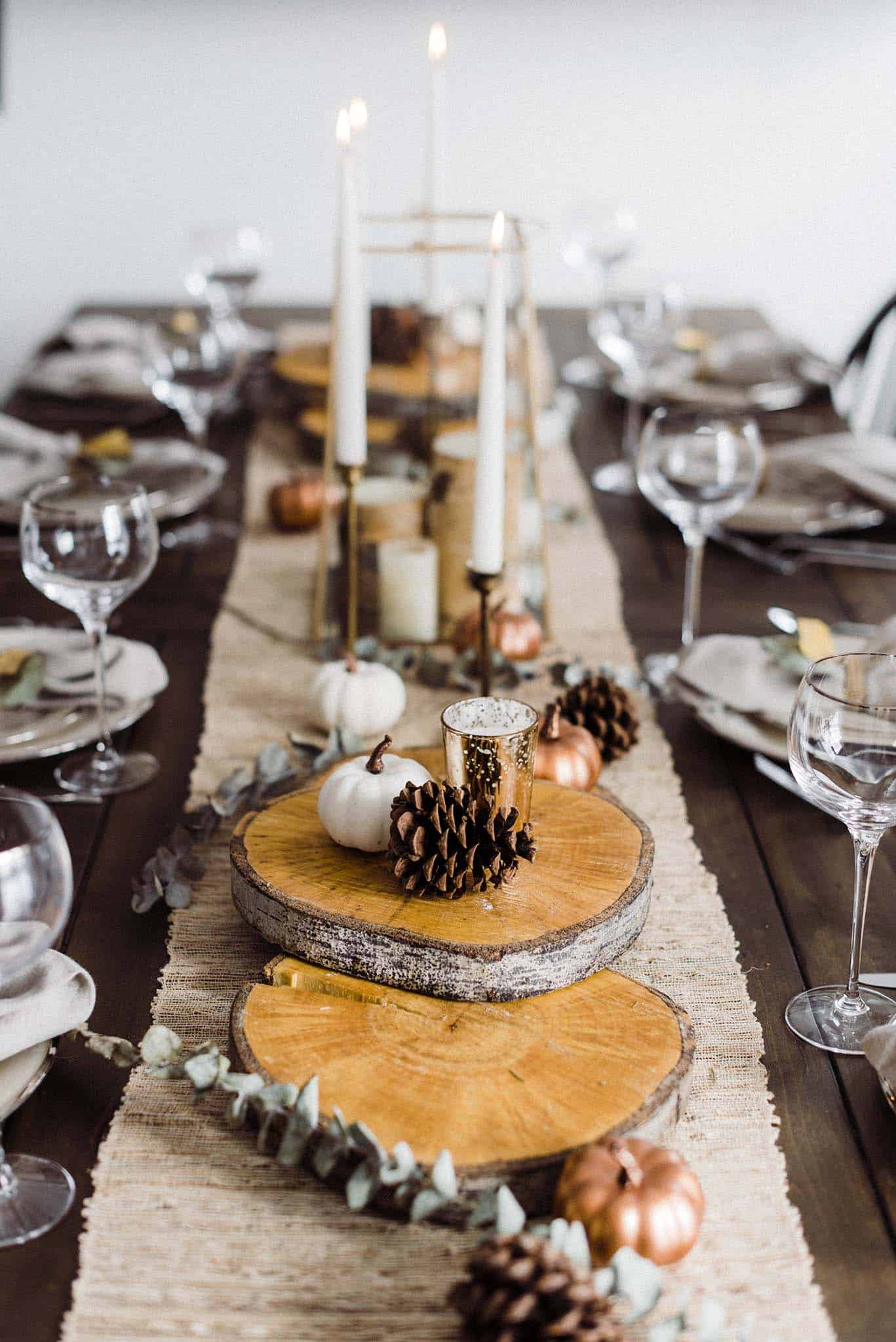 Rustic DIY Thanksgiving table decorations