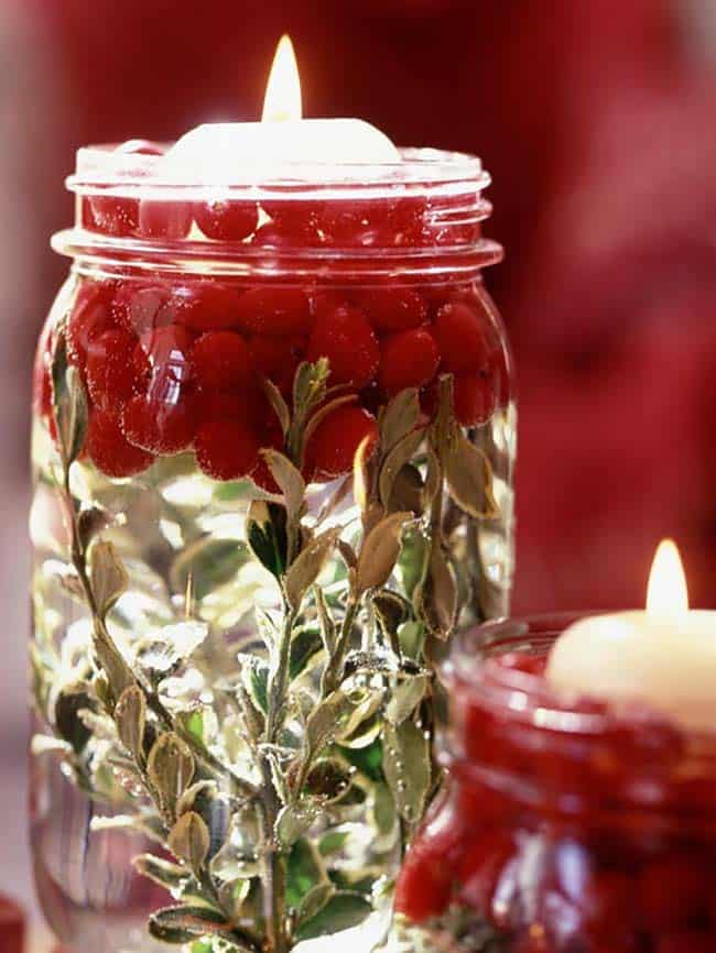 DIY Thanksgiving decorations: Cranberry Candle