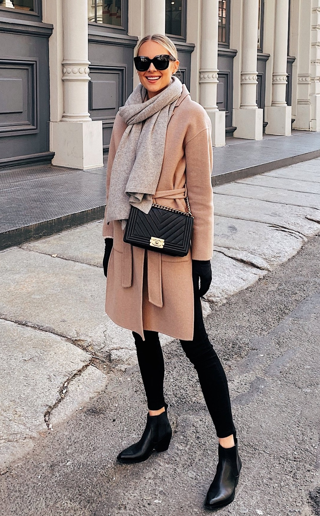 Casual winter outfits with black jeans and camel coat