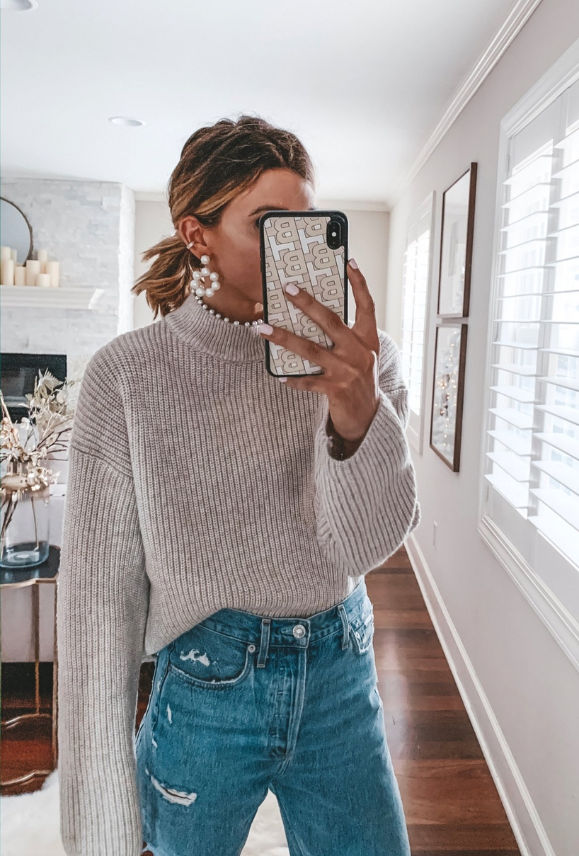 Casual everyday outfits with sweaters
