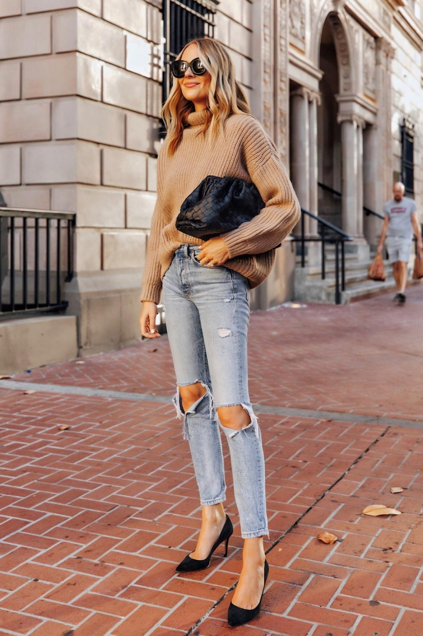 Cute sweater outfits with jeans