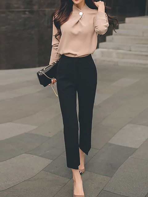 Chic business casual outfits for women, work outfits for women with black pants
