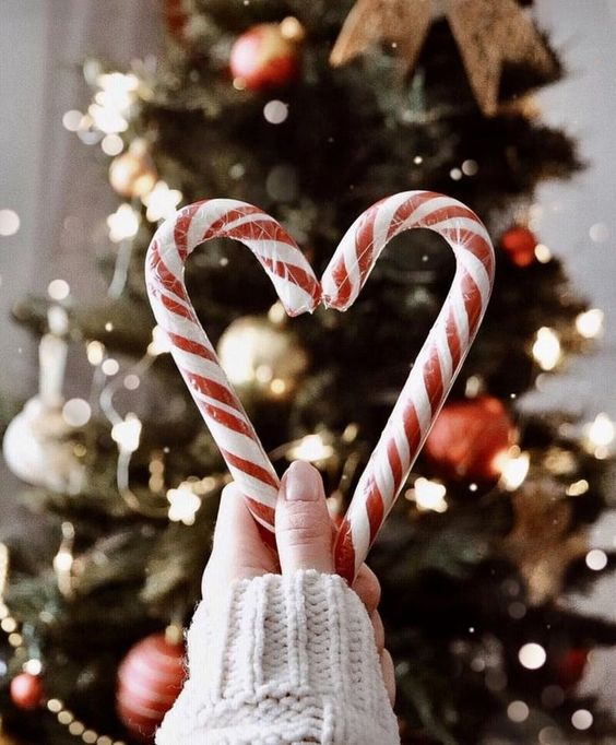Candy cane wallpaper aesthetic - candy cane heart