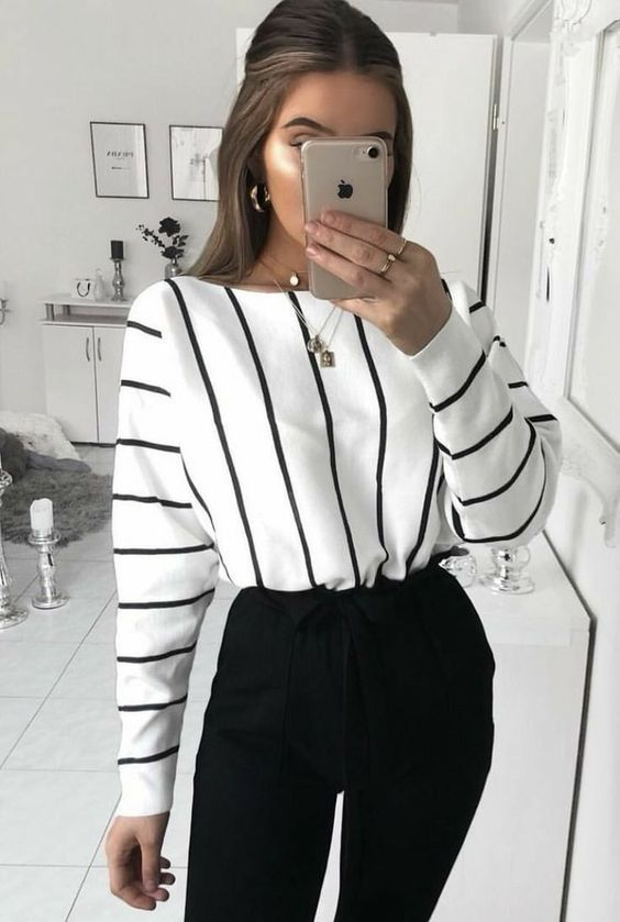 Business casual outfits for work with striped shirt