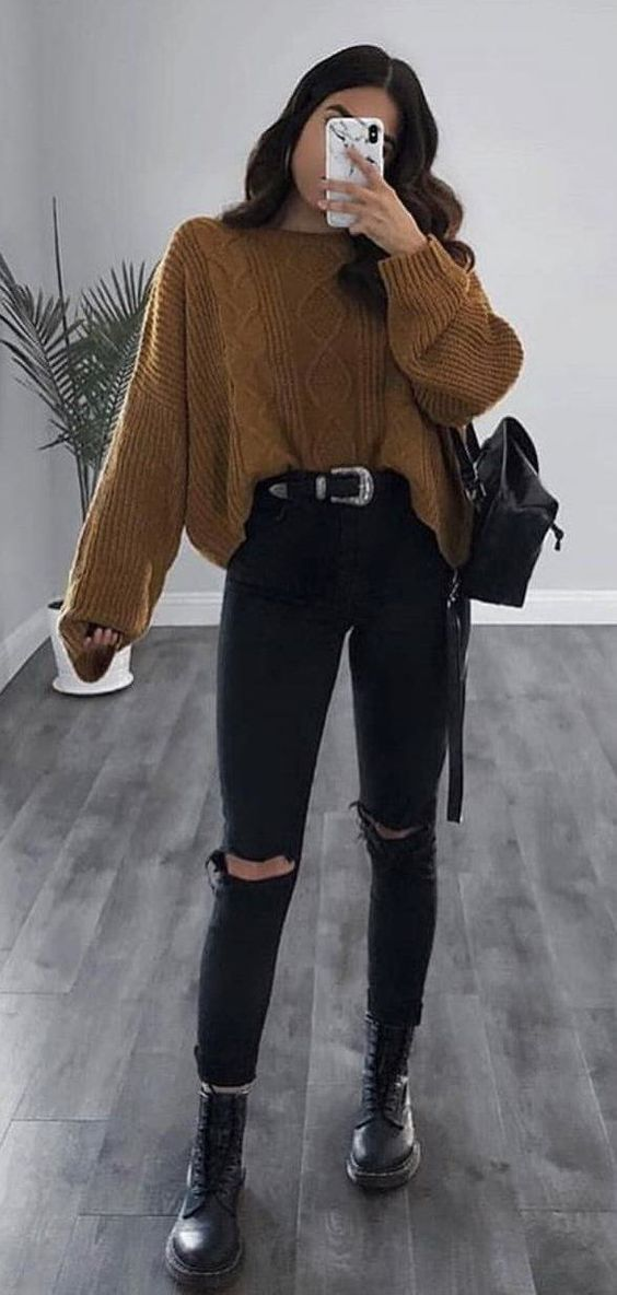 Cool outfits with doc martens and sweater outfits