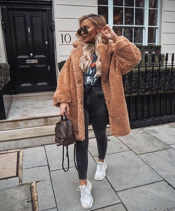 Cool outfits for women with teddy coats - teddy coat outfits