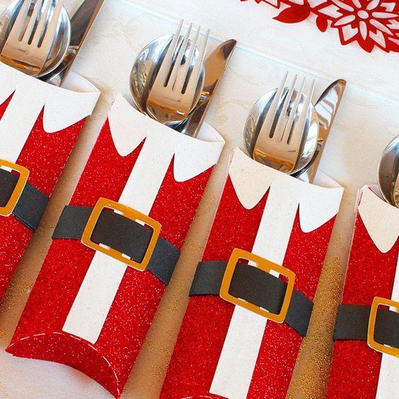 Christmas table settings: Santa cutlery holder, Christmas decor ideas