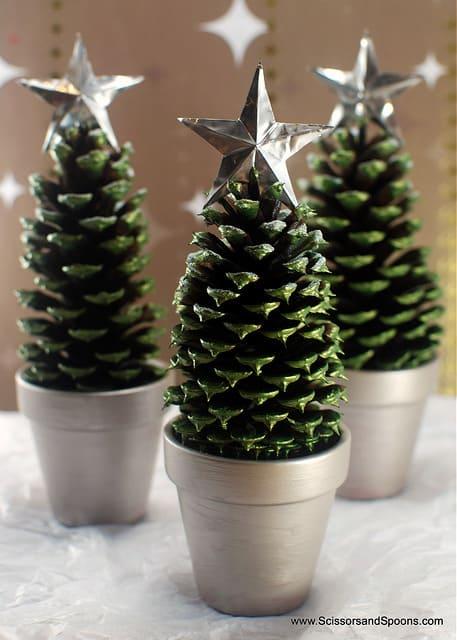 DIY Pinecone Christmas Tree Craft