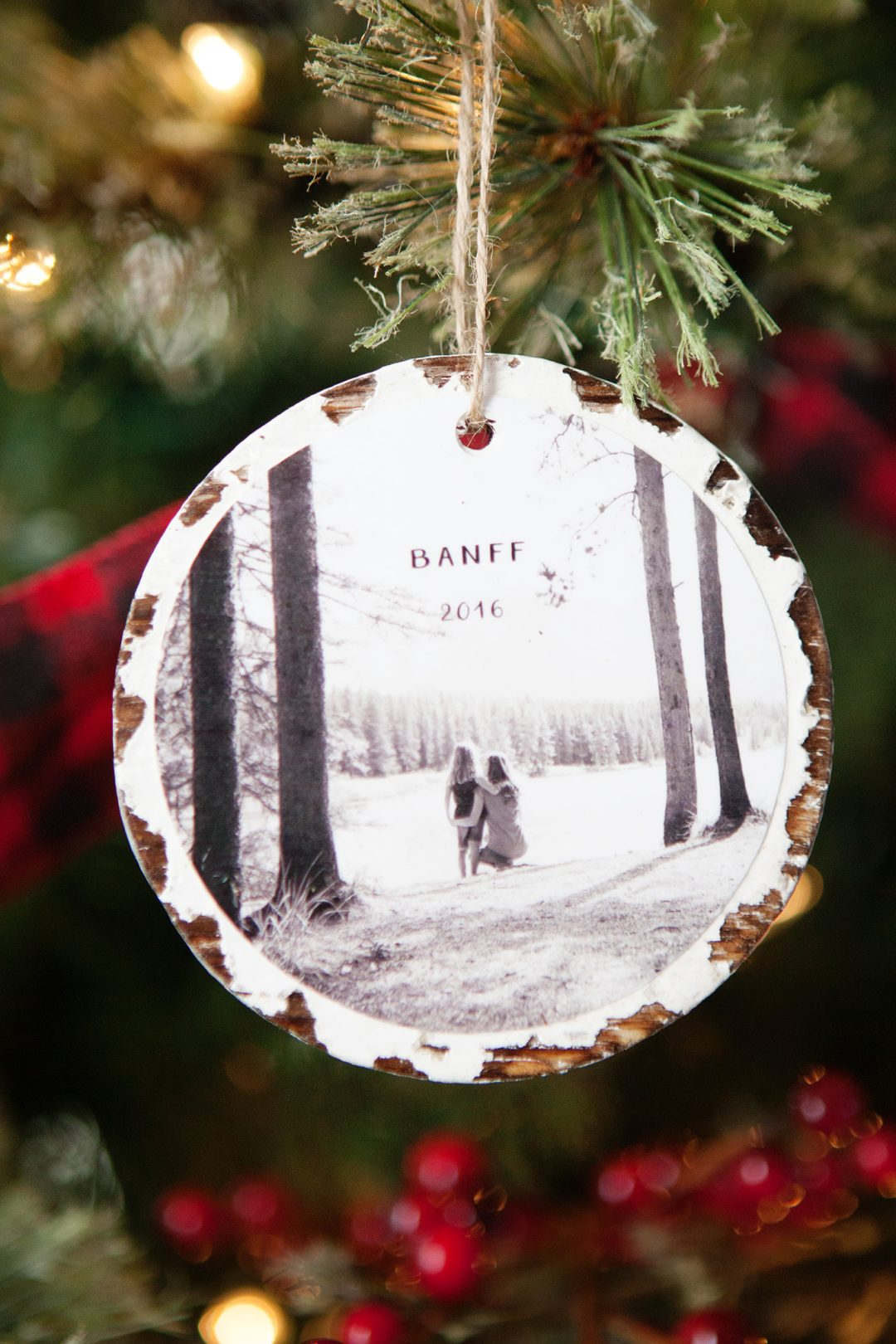 Easy DIY Photo Ornaments