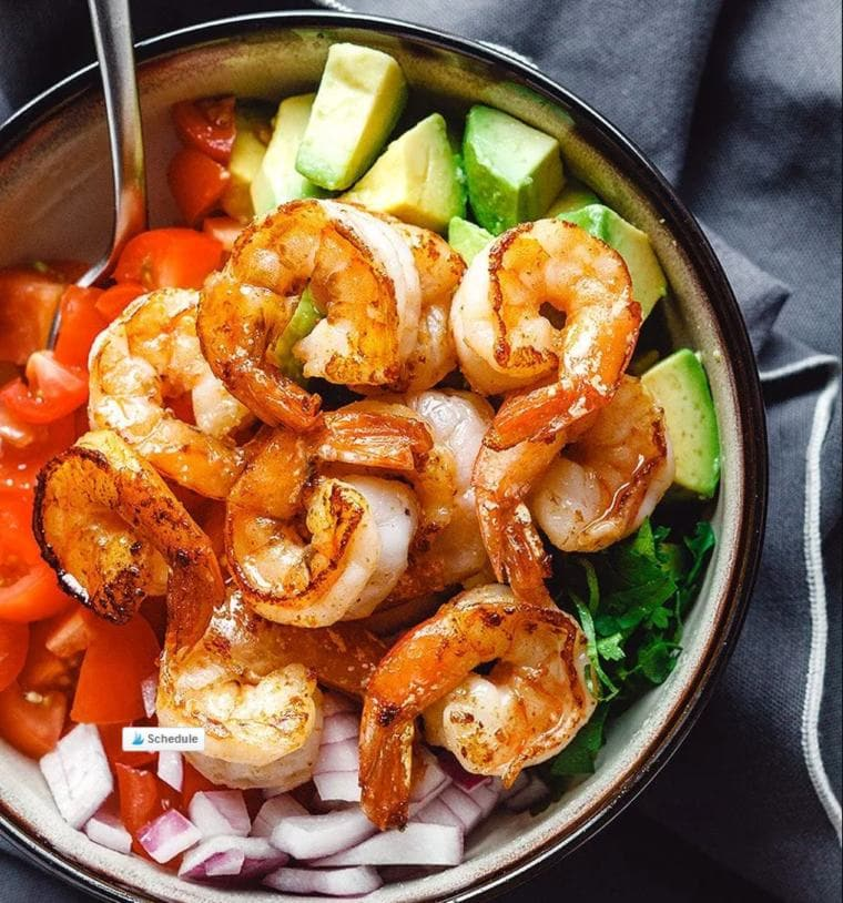 Easy keto lunch ideas for work: Shrimp Avocado Salad with Tomatoes