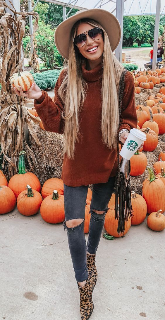 Casual fall outfits that you can wear everyday with a fedora hat