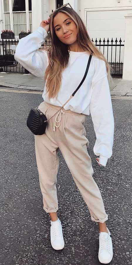 Cute sweater outfits with joggers