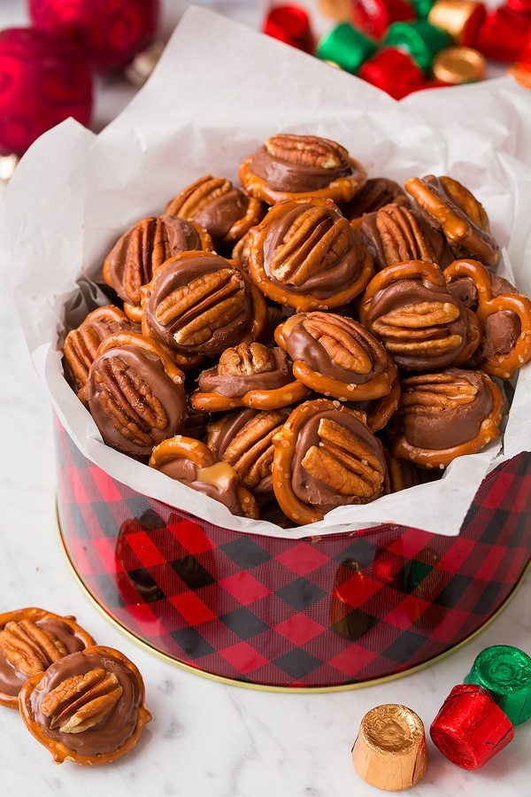 Best homemade Christmas candy recipes: 3-Ingredient Pretzel Turtles