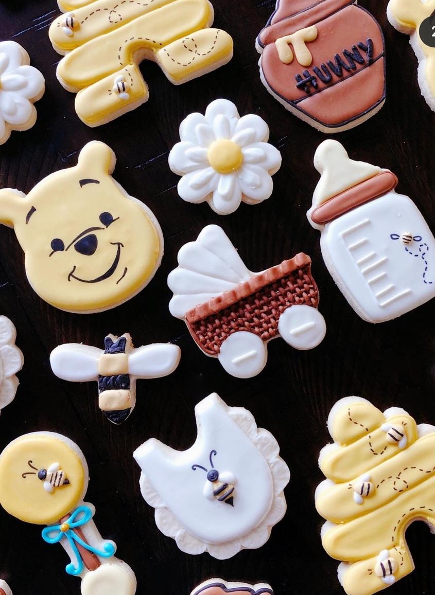 Winnie the Pooh cookies, Winnie the Pooh baby shower cookies
