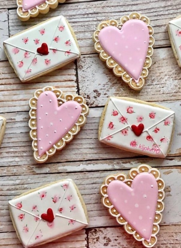 Love letter cookies and pink heart shaped cookies