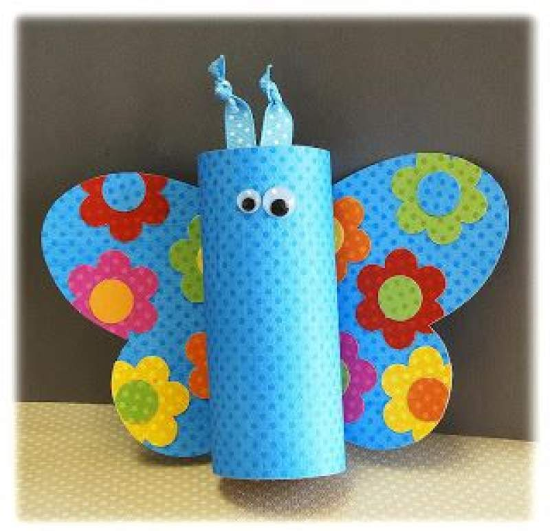 Easy spring crafts for kids: Toilet Paper Tube Butterfly