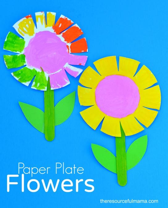 Easy spring crafts for kids: Paper Plate Flower