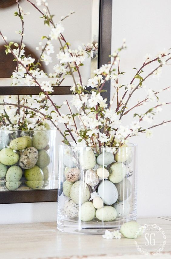 Beautiful Easter Decorations and farmhouse Easter Centrepiece Ideas
