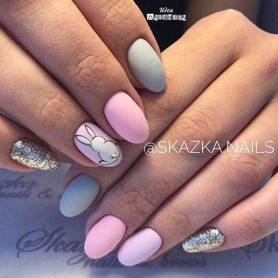 Grey and pink bunny nails - Easter nails with bunny