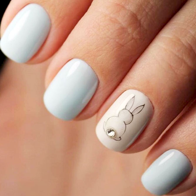 White bunny nails - white Easter nails with bunny